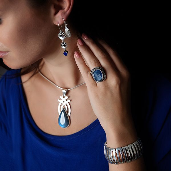 Handmade in Taxco by Artisan Guillermo Arregui Sterling Silver Concave Disc & Lapis Drop Earrings Image 2 Brummitt Jewelry Design Studio LLC Raleigh, NC