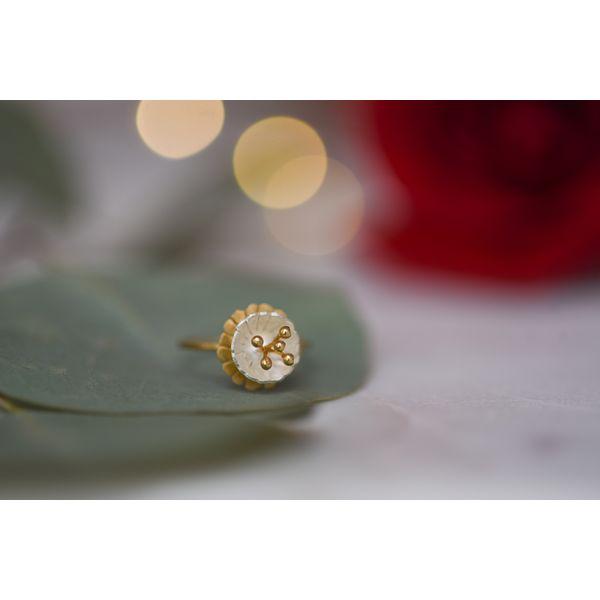 Sterling Silver Flower Ring Confer's Jewelers Bellefonte, PA