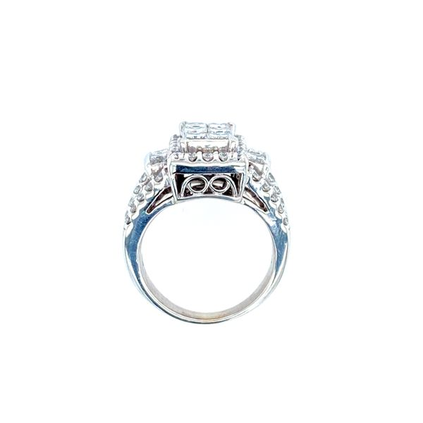 Estate Cluster Ring Image 2 Confer's Jewelers Bellefonte, PA