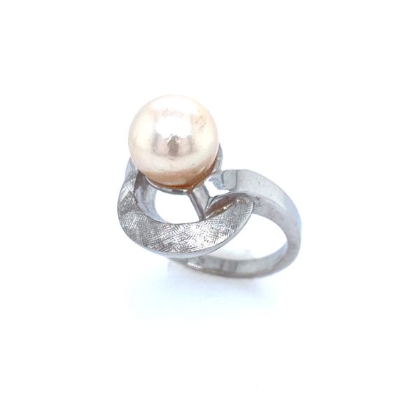 Pearl Estate Ring Confer's Jewelers Bellefonte, PA