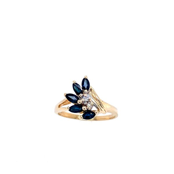 Sapphire Estate Ring Confer's Jewelers Bellefonte, PA
