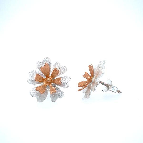 Sterling Silver 6 Petal Flower Earrings Confer's Jewelers Bellefonte, PA