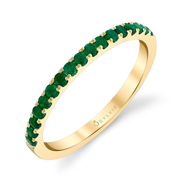 CLASSIC YELLOW GOLD EMERALD WEDDING BAND Cottage Hill Diamonds Elmhurst, IL
