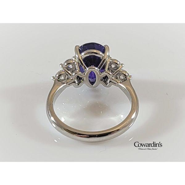 Est-2014 Tanzanite and Diamond Ring