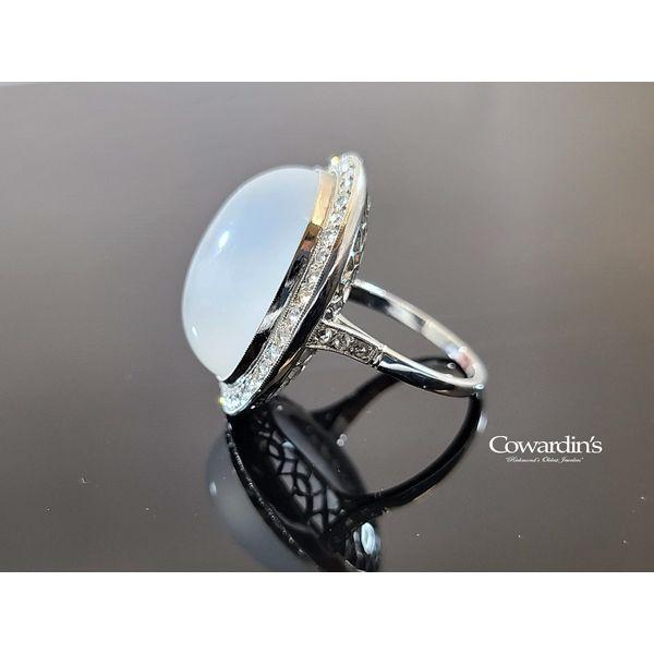 Est-2045 Estate Moonstone and Diamond Ring