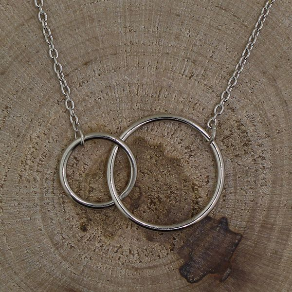 Varying Intertwined Circles Necklace Darrah Cooper, Inc. Lake Placid, NY