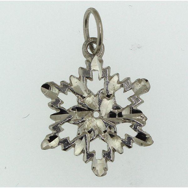 Snowflake 3-Medium Darrah Cooper, Inc. Lake Placid, NY