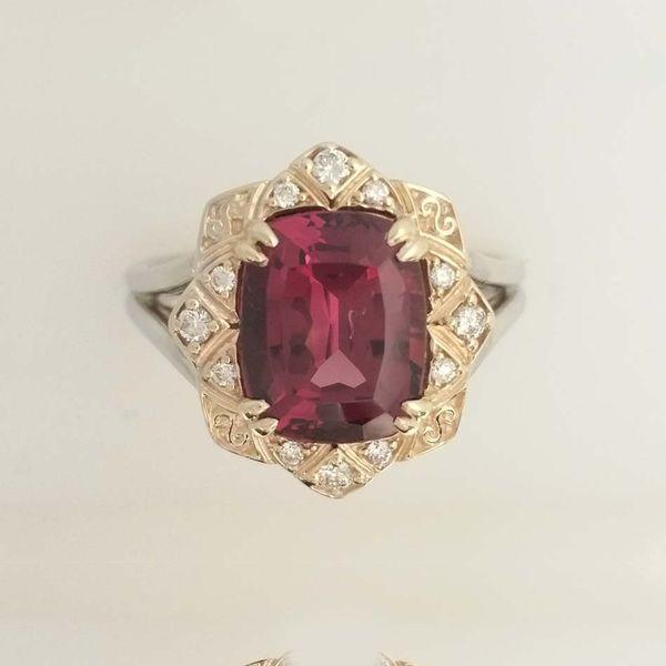 Rhodolite Garnet Gemstone Ring Image 2 David Douglas Diamonds & Jewelry Marietta, GA