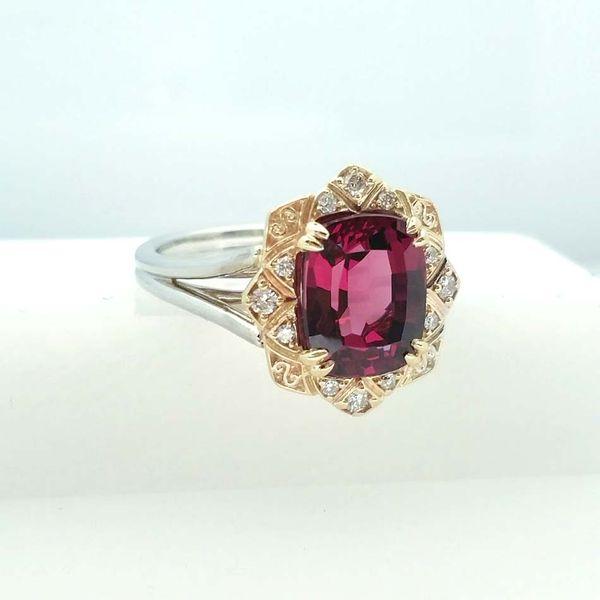 Rhodolite Garnet Gemstone Ring David Douglas Diamonds & Jewelry Marietta, GA