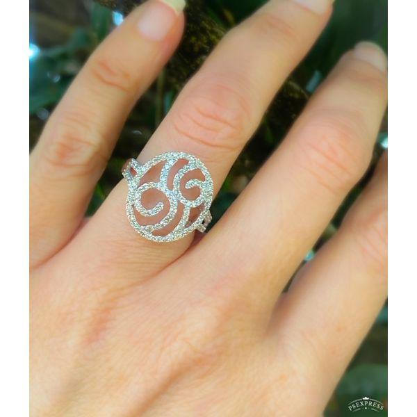 ESTATE DIAMOND FASHION RING Diamond Jewelers Gulf Shores, AL