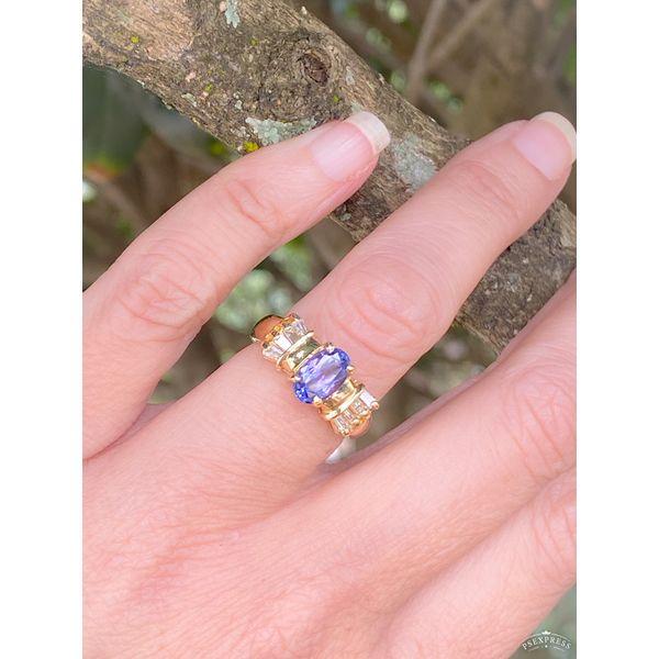 ESTATE TANZANITE RING  Diamond Jewelers Gulf Shores, AL