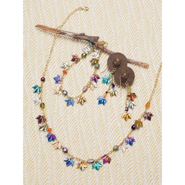 Maple leaf Earrings Image 2 DJ's Jewelry Woodland, CA