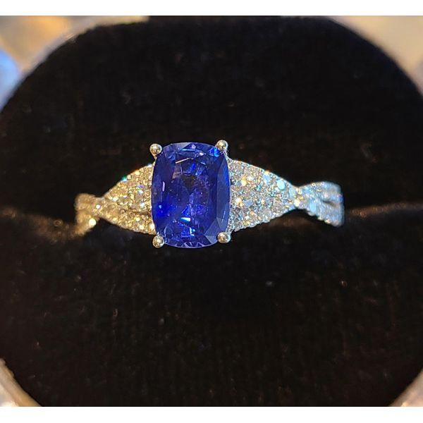 Ceylon Sapphire Ring DJ's Jewelry Woodland, CA