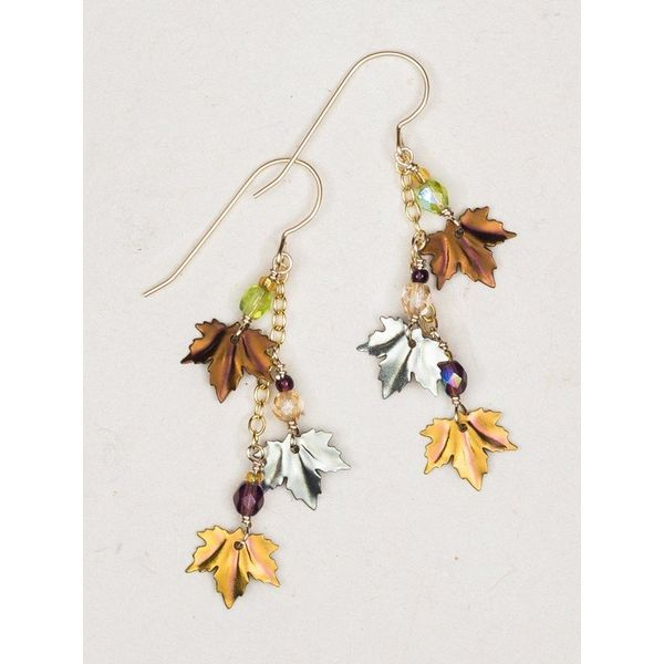 Maple leaf Earrings DJ's Jewelry Woodland, CA