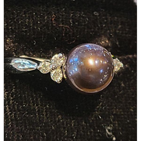 Pearl Ring Image 2 DJ's Jewelry Woodland, CA