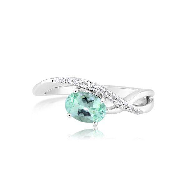 Mint Garnet Ring DJ's Jewelry Woodland, CA
