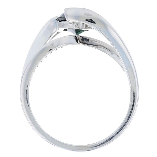 Modern Teal Sapphire Trillion Engagement Ring