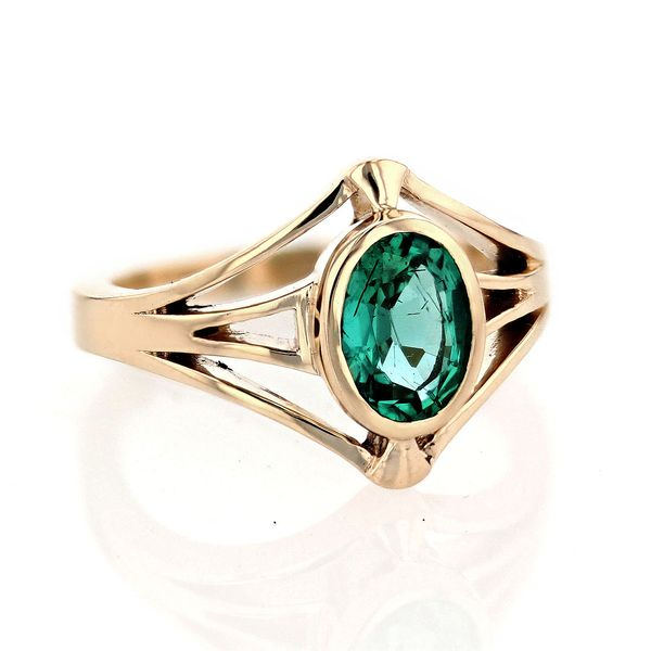 oval art deco emerald ring