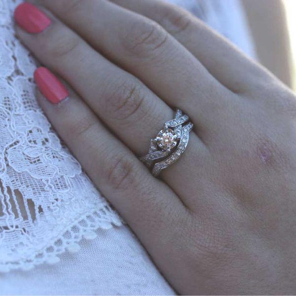 illusion-set-diamond-wedding-set-crossing-infinity