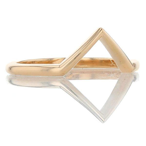 14k yellow chevron v ring wedding band contour