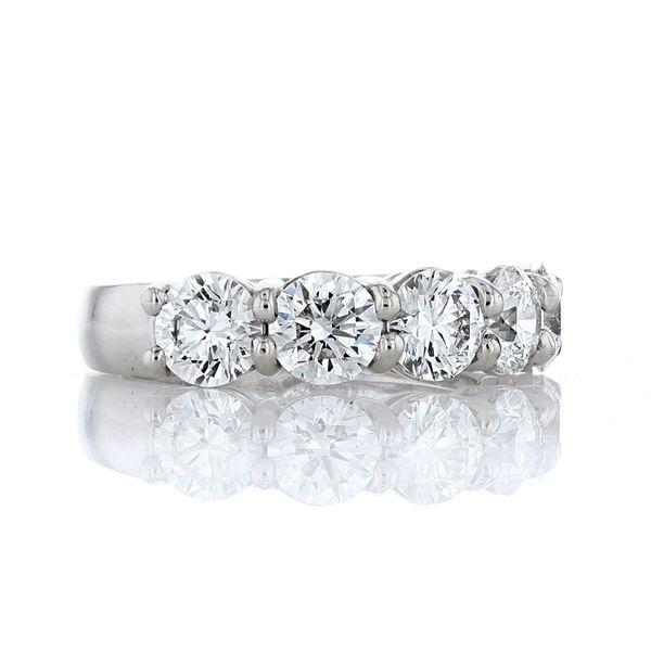 2.5 carat diamond anniversary band