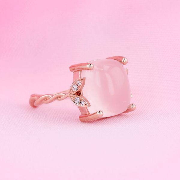 Rose gold leaf cabochon ring
