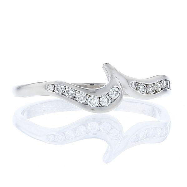 contour wave crescent diamond platinum band