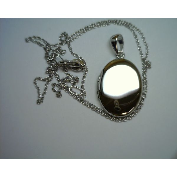 SS Oval Locket Galloway and Moseley, Inc. Sumter, SC