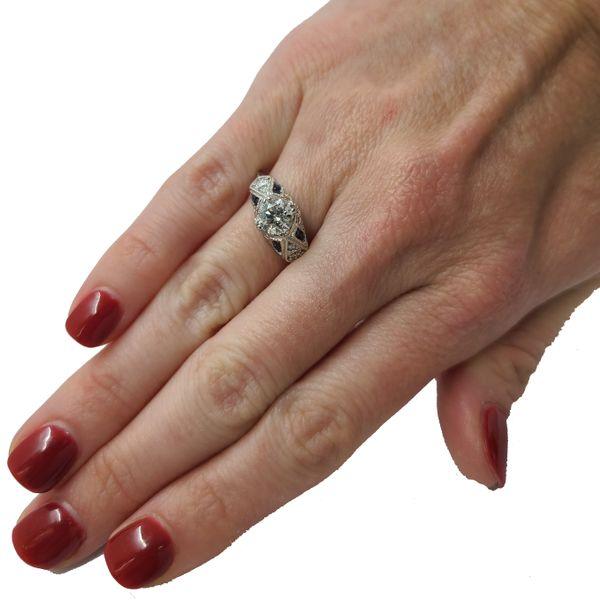 Estate-Diamond-and-sapphire-vintage-ring