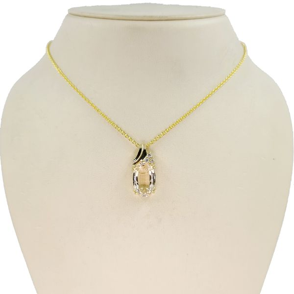 Morganite-and-diamond-pendant