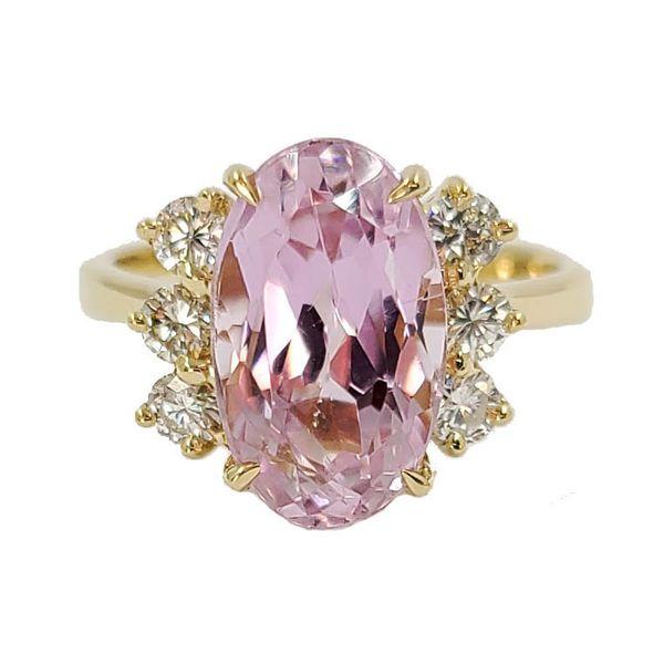 pink-oval-kunzite-and-diamond-ring