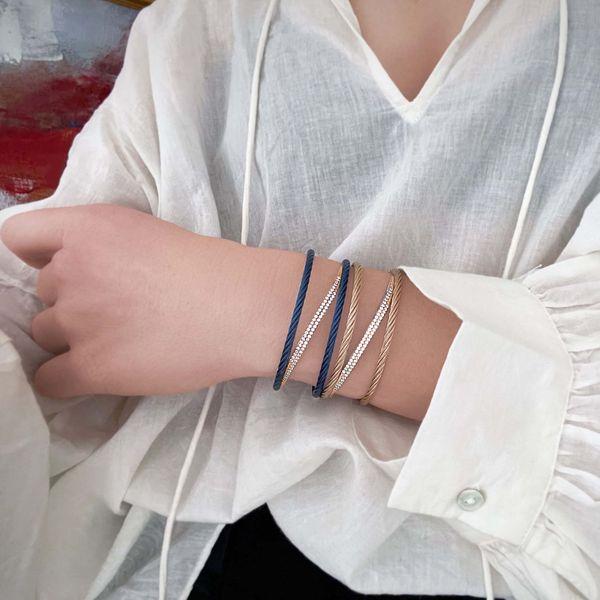 04-26-1201-11-3-Alor-transverse-bracelet