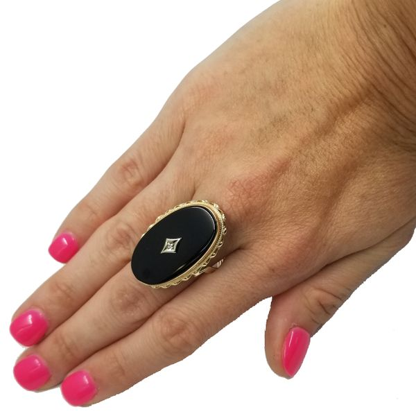 Onyx-diamond-ring