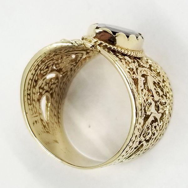 Garnet-Cigar-ring