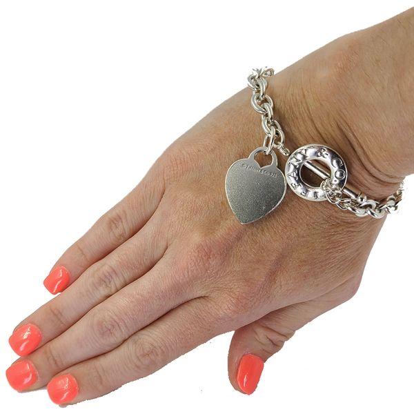 Tiffany-&-Co.-Heart-and-toggle-bracelet