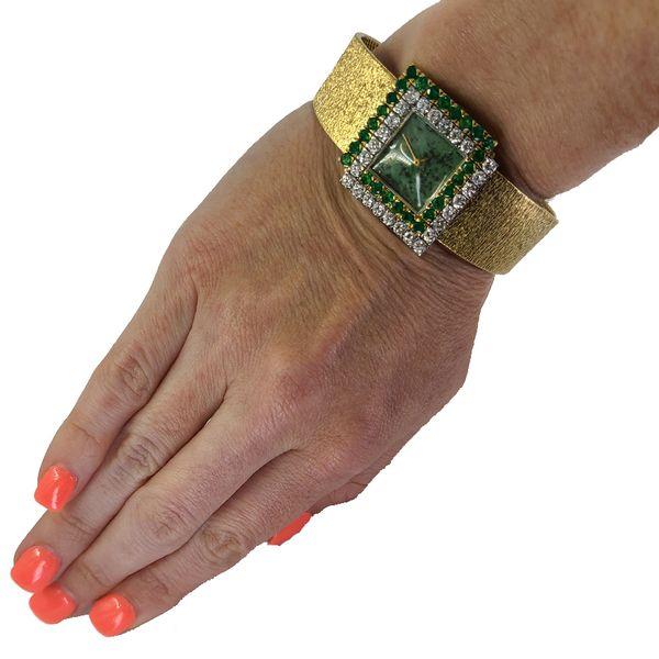 bueche-girod-emerald-and-diamond-watch