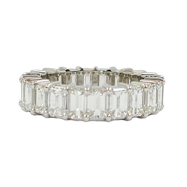 Emerald-cut-diamond-eternity-ring
