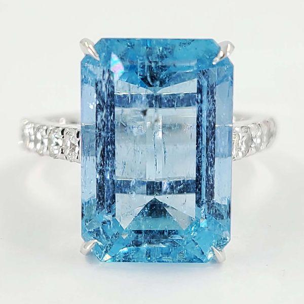 Emerald-Cut-Aquamarine-and-diamond-ring