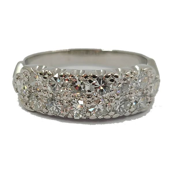 Diamond-Wedding-Band