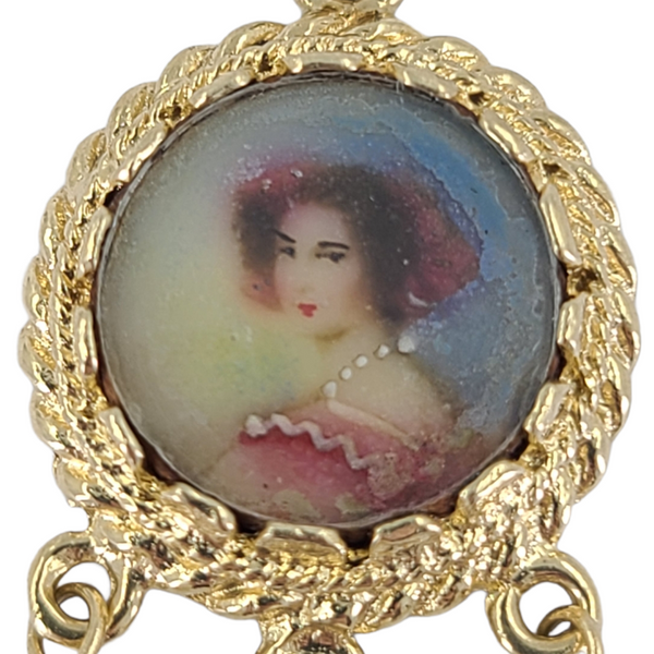 Vintage-mino-portrait-painting-charm
