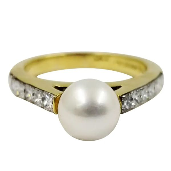 Pearl-Diamond-Ring