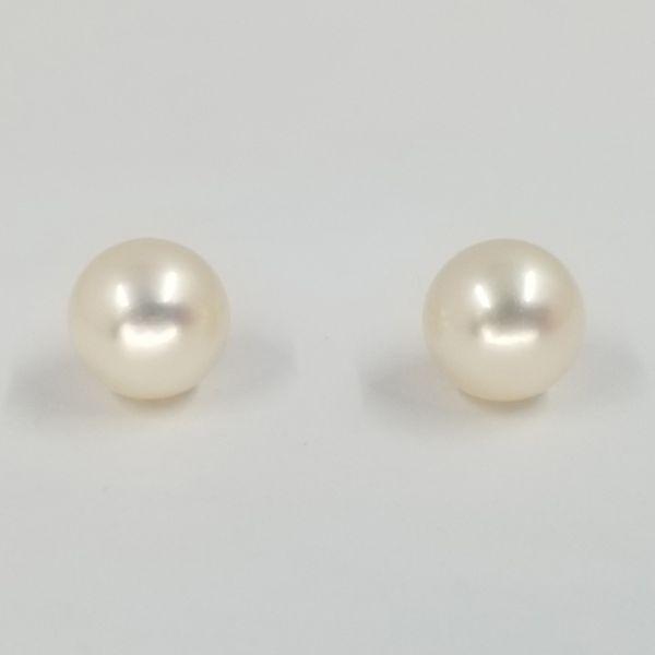 6mm-pearl-screw-back-earrings
