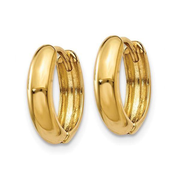 Y7916-Yellow-gold-huggie-earrings