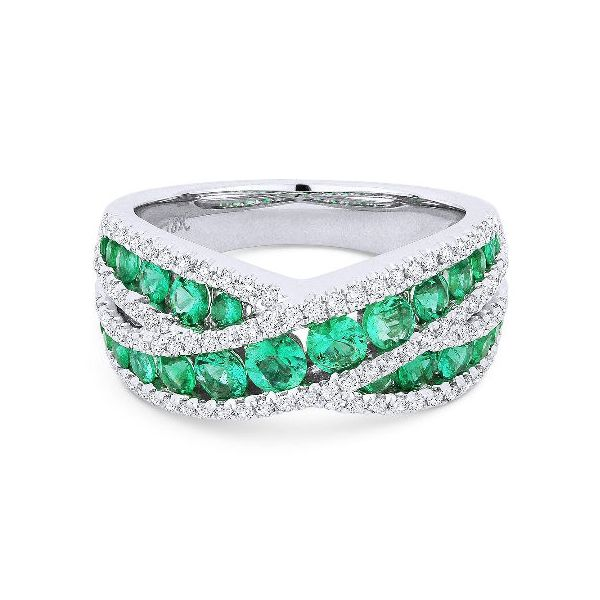 DR13230-Madison-L-emerald-and-diamond-ring