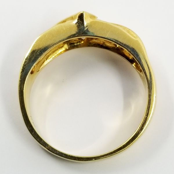 Yellow-Gold-diamond-ring