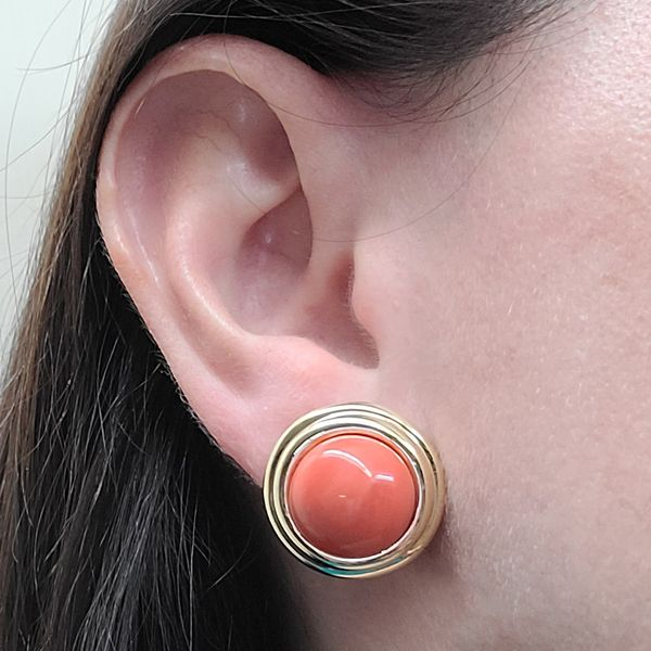 Cellino-Coral-cabochon-and-yellow-gold-stud-earrings