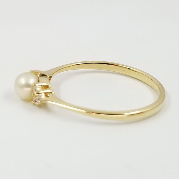 Pearl-Diamond-Ring