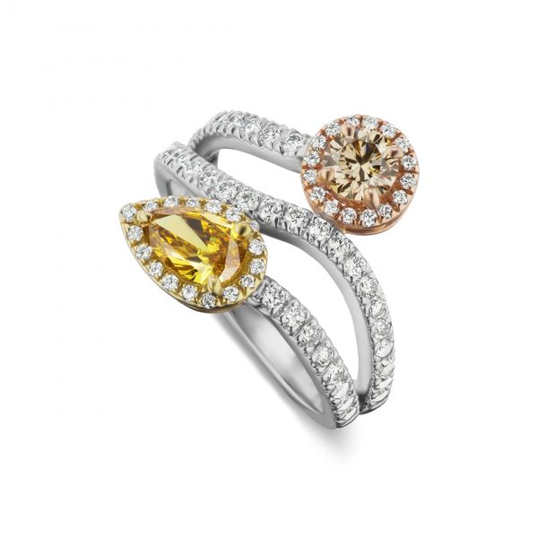 natural-fancy-yellow-orange-and-natural-fancy-pinkish-brown-diamond-ring