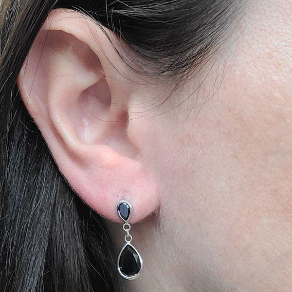 Onyx-Drop-Earrings