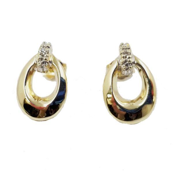 Yellow-Gold-Openwork-diamond-earrings